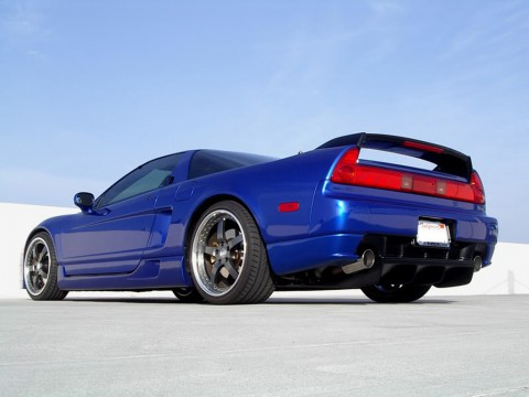 Technical specifications and characteristics for【Acura NSX】