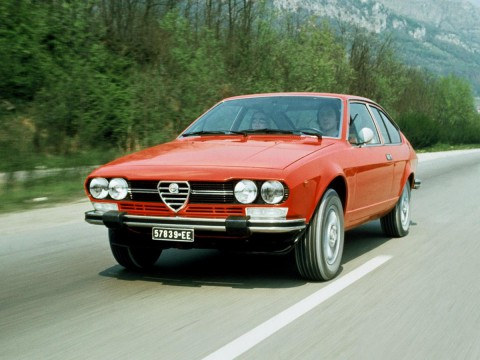 Technical specifications and characteristics for【Alfa Romeo Alfetta GT (116)】