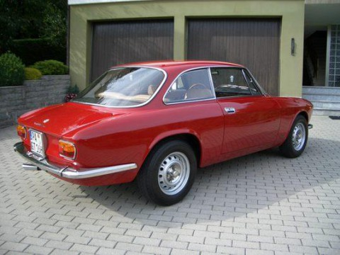 Technical specifications and characteristics for【Alfa Romeo GTA Coupe】
