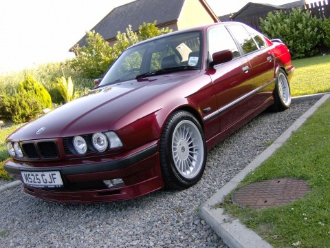 Technical specifications and characteristics for【Alpina B10 (E34)】