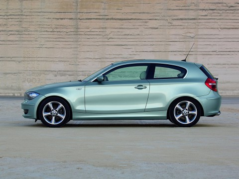Technical specifications and characteristics for【BMW 1er (E81)】