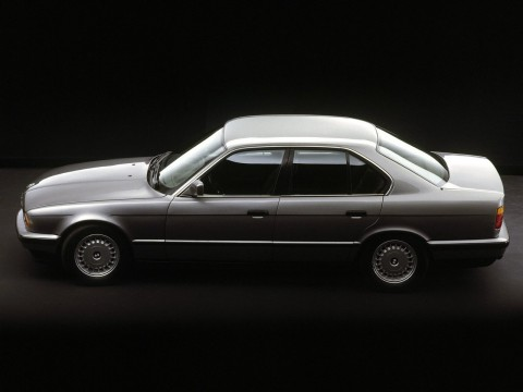 Technical specifications and characteristics for【BMW 5er (E34)】