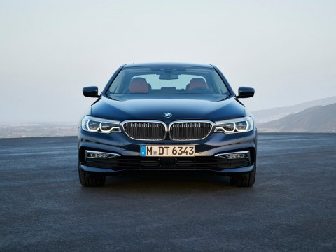 Technical specifications and characteristics for【BMW 5er (G30)】