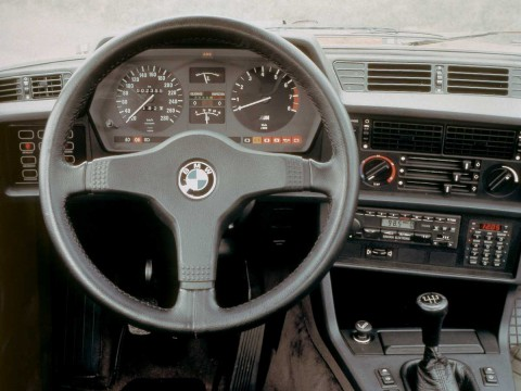 Technical specifications and characteristics for【BMW 6er (E24)】