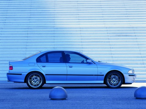 Technical specifications and characteristics for【BMW M5 (E39)】