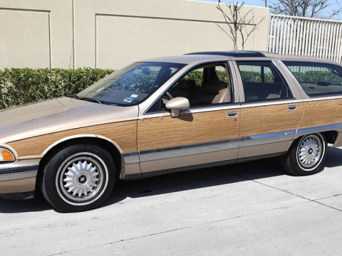 Technical specifications and characteristics for【Buick Roadmaster Wagon】