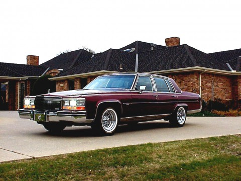 Technical specifications and characteristics for【Cadillac Brougham】