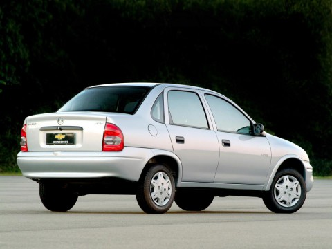 Technical specifications and characteristics for【Chevrolet Corsa Sedan (GM 4200)】