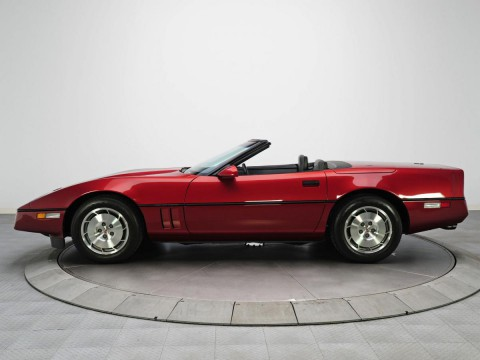 Technical specifications and characteristics for【Chevrolet Corvette Convertible IV】