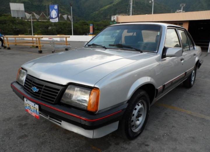 Chevrolet Monza Monza J 1 8 I Sl 98 Hp Especificaciones