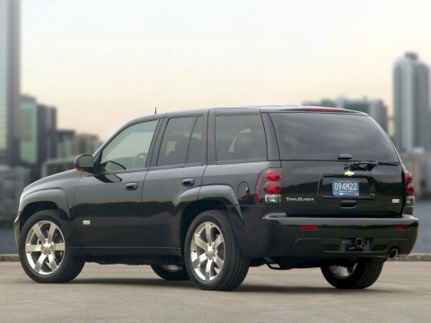 Technical specifications and characteristics for【Chevrolet Trailblazer (GMT800)】
