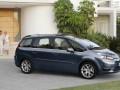 Caratteristiche tecniche complete e consumo di carburante di Citroen C4 C4 Grand Picasso e-HDI (112 Hp) STT