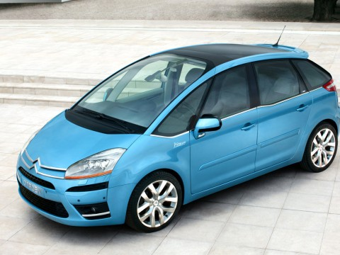 Technical specifications and characteristics for【Citroen C4 Picasso】
