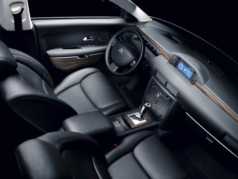 Technical specifications and characteristics for【Citroen C6】