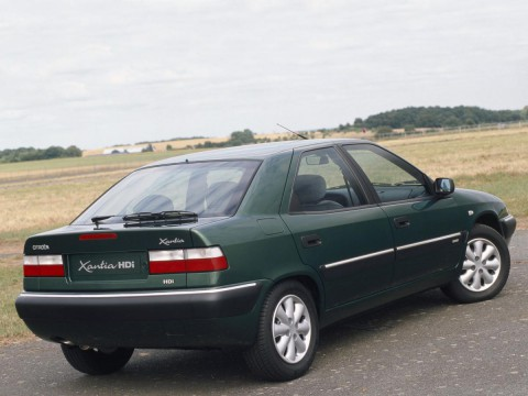 Technical specifications and characteristics for【Citroen Xantia (X2)】