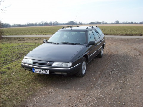 Technical specifications and characteristics for【Citroen XM Break (Y4)】