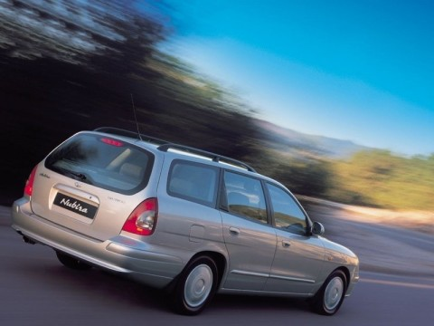 Technical specifications and characteristics for【Daewoo Nubira Combi II】
