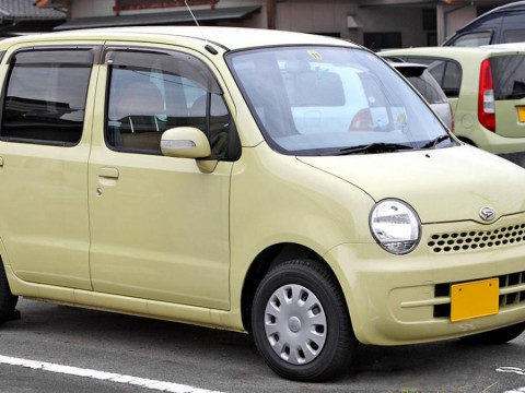 Technical specifications and characteristics for【Daihatsu Move Latte (L55)】