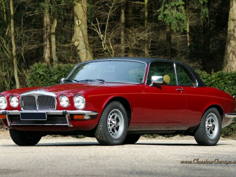 Technical specifications and characteristics for【Daimler Coupe】