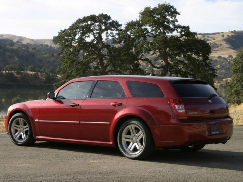 Technical specifications and characteristics for【Dodge Magnum】