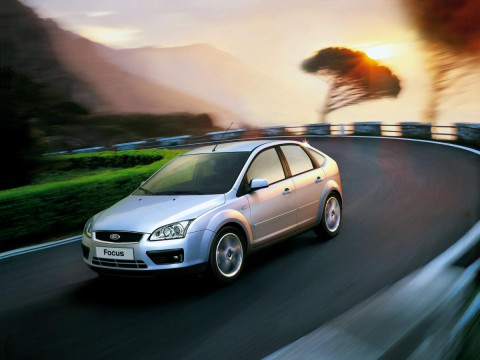 Technical specifications and characteristics for【Ford Focus II Hatchback】