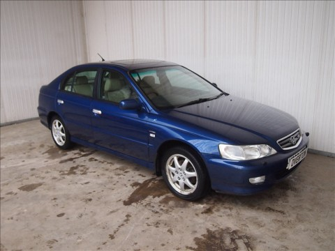 Technical specifications and characteristics for【Honda Accord VI Hatchback】