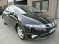 Honda Civic Civic 5D VIII 2.2 D (140 Hp) full technical specifications and fuel consumption