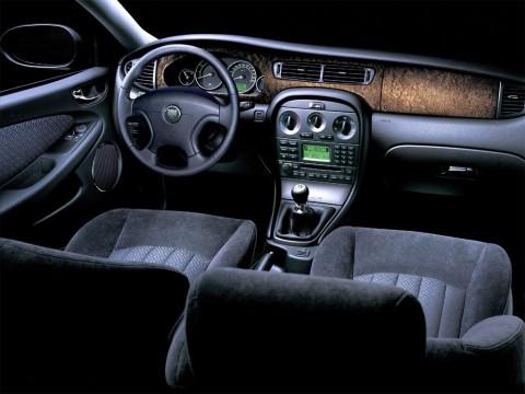 Caractéristiques techniques de Jaguar X-type (X400)