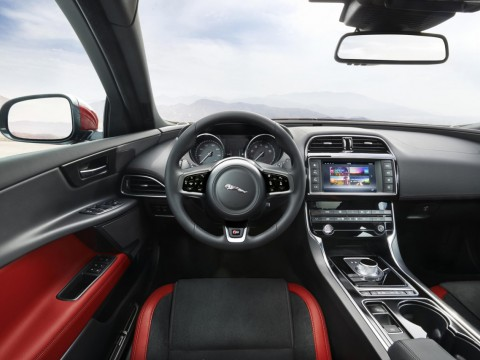 Technical specifications and characteristics for【Jaguar XE】