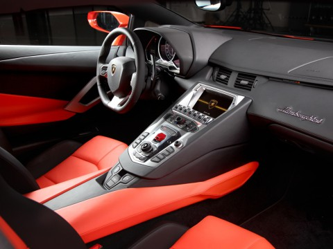 Technical specifications and characteristics for【Lamborghini Aventador LP 700-4】