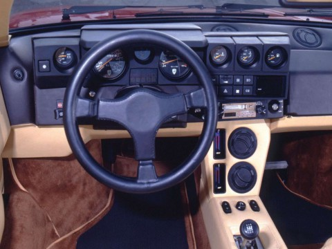 Technical specifications and characteristics for【Lamborghini Jalpa】