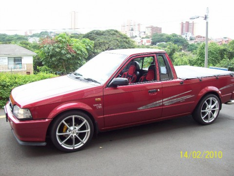 Technical specifications and characteristics for【Mazda Rustler】