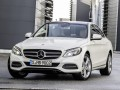 Technical specifications of the car and fuel economy of Mercedes-Benz C-klasse