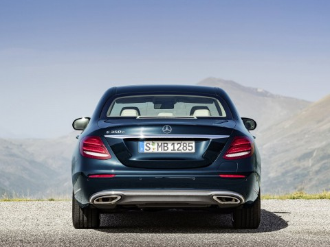Technical specifications and characteristics for【Mercedes-Benz E-klasse V (W213)】