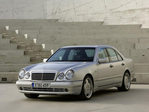 Technical specifications and characteristics for【Mercedes-Benz E-klasse (W210)】