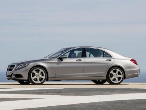 Caractéristiques techniques de Mercedes-Benz S-klasse (W222,C217) sedan