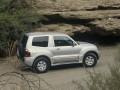 Technical specifications and characteristics for【Mitsubishi Pajero III】