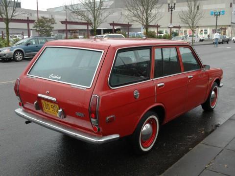 Caractéristiques techniques de Nissan Datsun 100 A Combi (WBLF10)