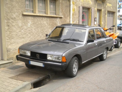 Technical specifications and characteristics for【Peugeot 604】