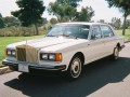 Technical specifications of the car and fuel economy of Rolls-Royce Silver Spur
