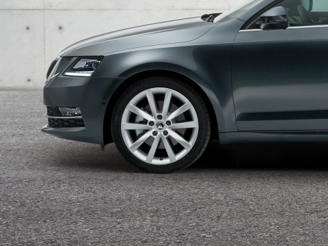 Technical specifications and characteristics for【Skoda Octavia III Restyling Liftback】