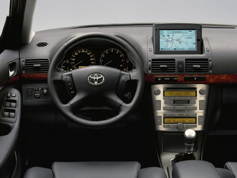 Technical specifications and characteristics for【Toyota Avensis Wagon II】