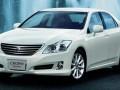 Especificaciones técnicas completas y gasto de combustible para Toyota Crown Crown (S11) 2.5 i 24V Turbo 4WD Royal (200 Hp)