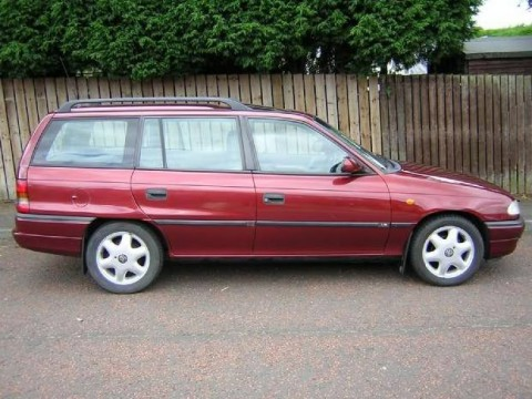 Technical specifications and characteristics for【Vauxhall Astra Mk III Estate】
