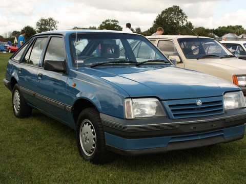 Technical specifications and characteristics for【Vauxhall Cavalier Mk II CC】
