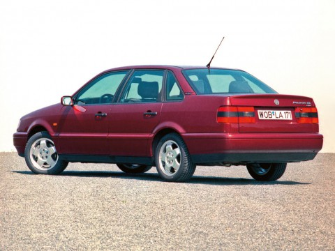 Technical specifications and characteristics for【Volkswagen Passat (B3, B4)】